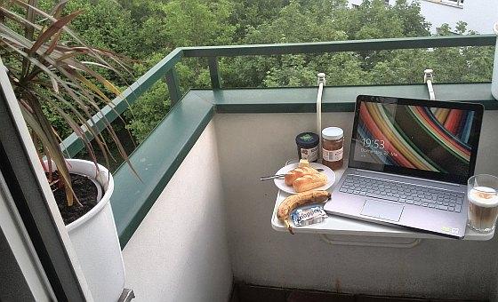 blog.coaster.de » Blog Archive » Balkon, Laptop, Check.
